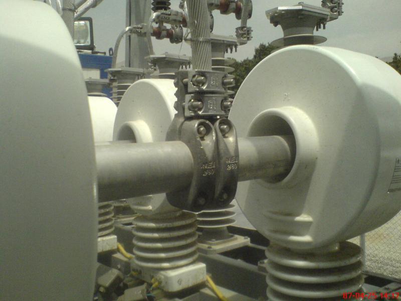 کلمپ پست برق نصب شده ی شرکت نوین انتقال ایرانیان (مهنا) 12