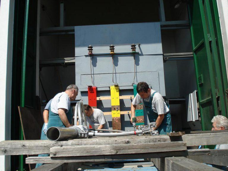 تست کلمپ پست برق شرکت نوین انتقال ایرانیان (مهنا) در آرمایشگاه ویکی مجارستان 18