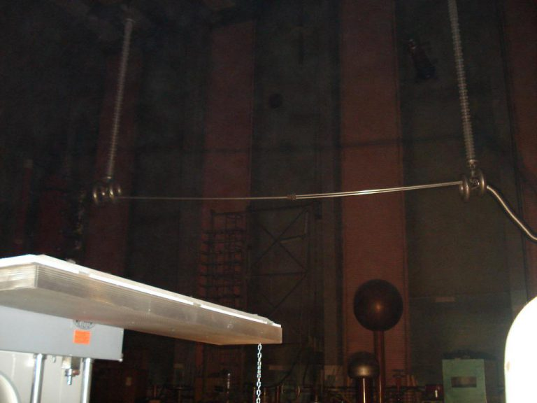 تست کلمپ پست برق شرکت نوین انتقال ایرانیان (مهنا) در آرمایشگاه ویکی مجارستان 7